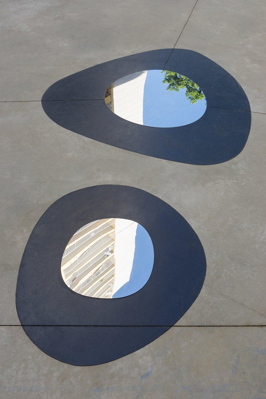 Inox poli miroir & peinture de sol. 230 m2. 2016
